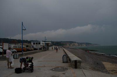 Promenade an der Küste bei Dieppe