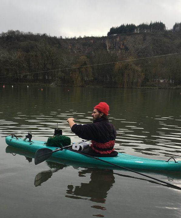 auf Karpfen angeln mit dem Kayak