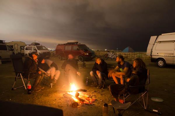 Lagerfeuer beim Vanlife