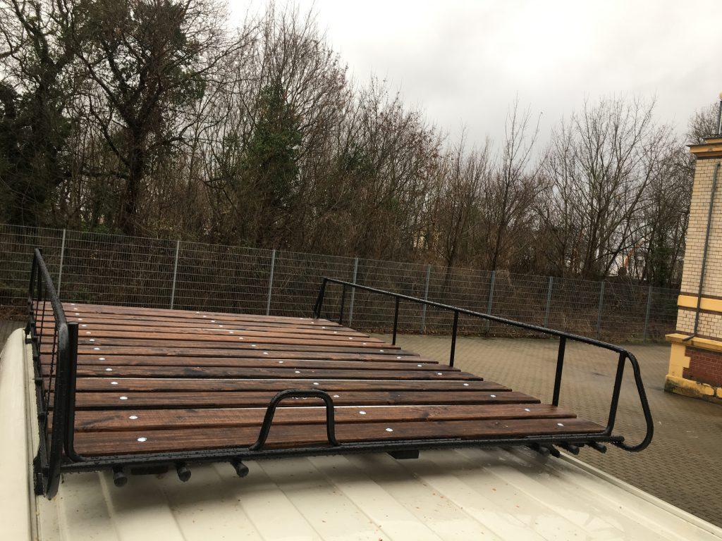 aus einem Dachgepäckträger eine Dachterasse gebaut